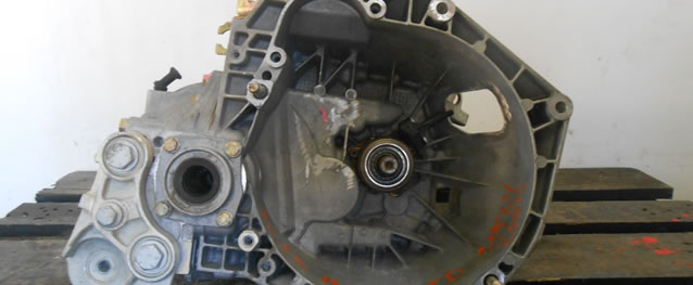Caixa Velocidades Alfa Romeo 156 1.9JTD 115cv Ano 2004