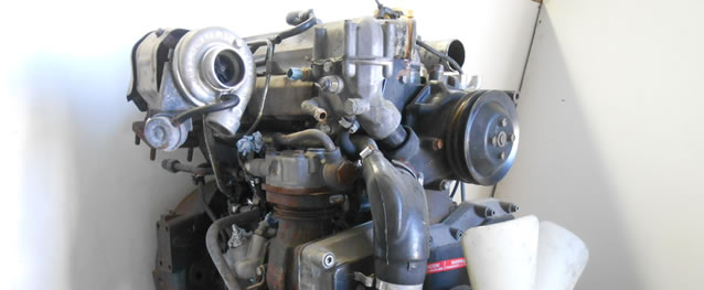 Motor Nissan AtLeon 140 136cv Ref. B440Ti Ano 2004